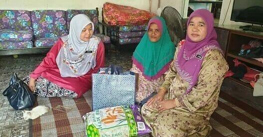 Agihan Bekalan Keperluan di Kelantan